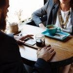 Menschen fördern durch Gespräche